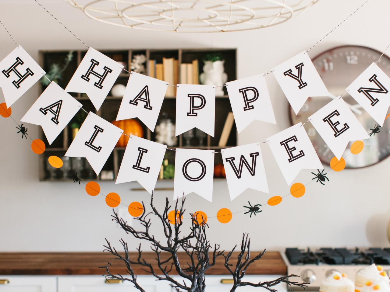 Free printable halloween patterns easy crafts and Diy halloween party decorations