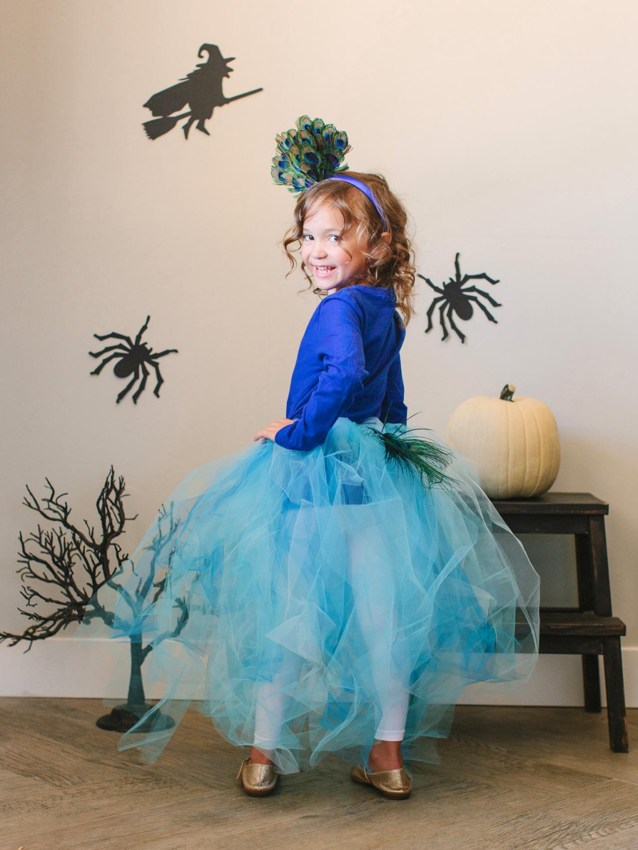 Kid S Halloween Costume Pretty Peacock Hgtv