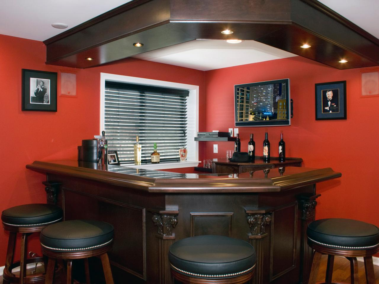 13 great design ideas for basement bars decorating and design ideas for interior rooms hgtv - Cool home bar ideas ...