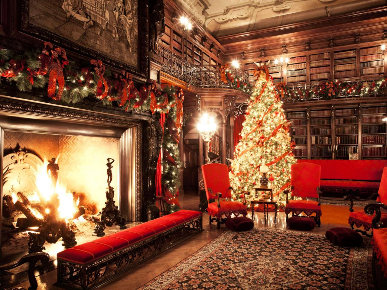 Christmas at biltmore hgtv for Christmas home design