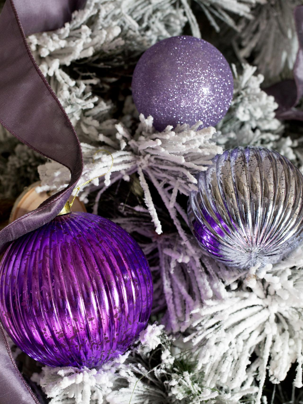 Lavender christmas ornaments - Metallic Finishes