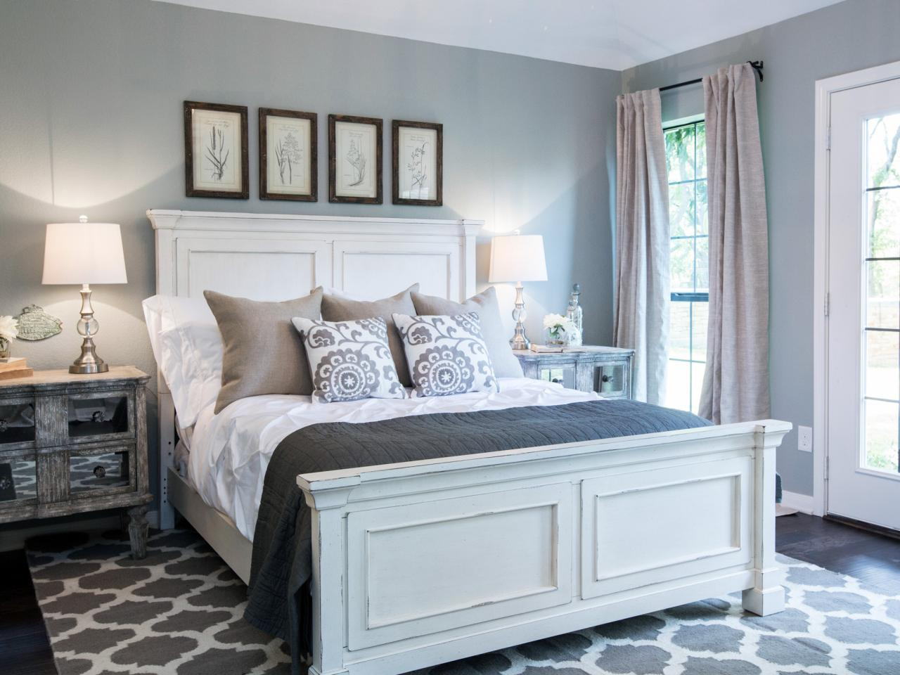 Chip and joanna gaines bed and breakfast home decorating for Master bedroom decor