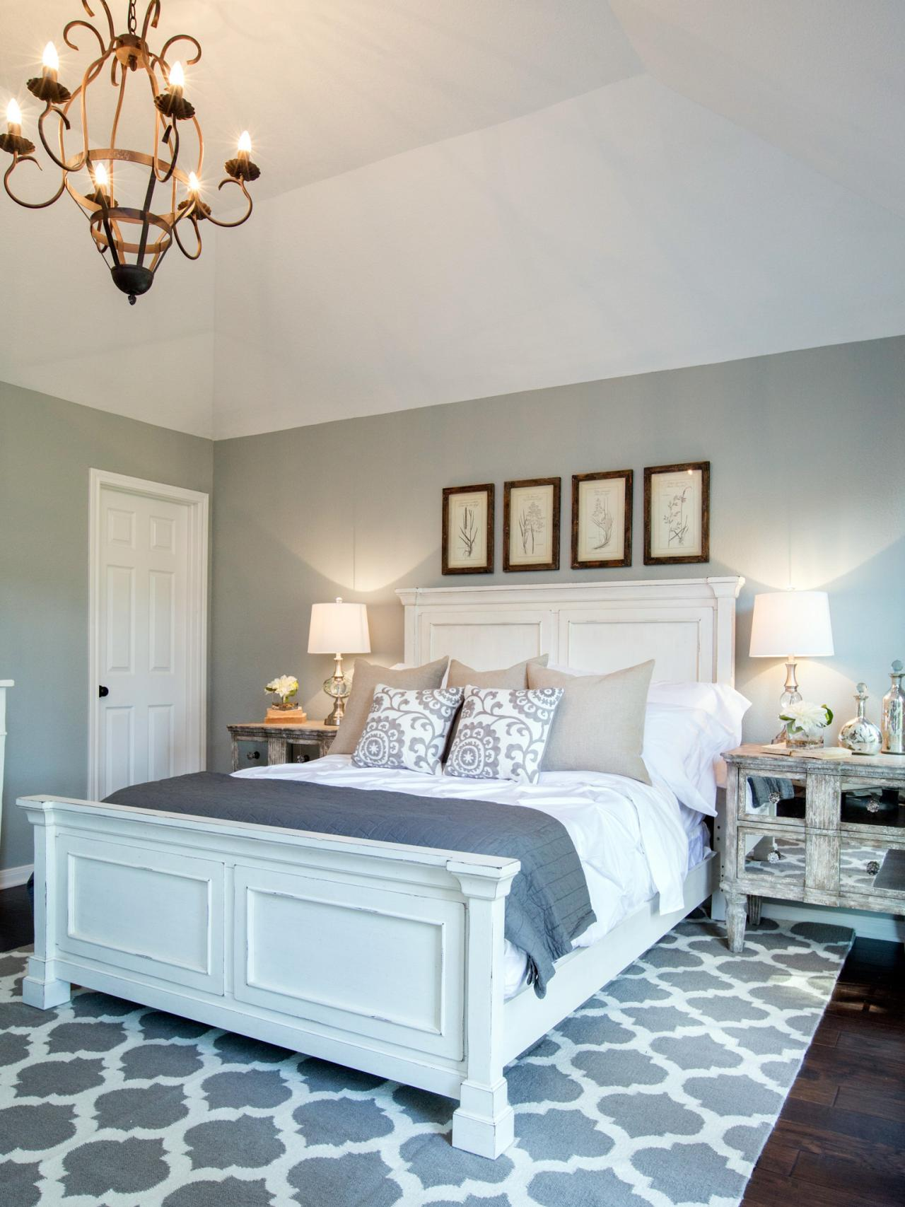 Photos joanna gaines hgtv for Joanna gaines bedroom ideas