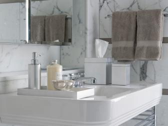 Sleek Bathroom With Smart Storage