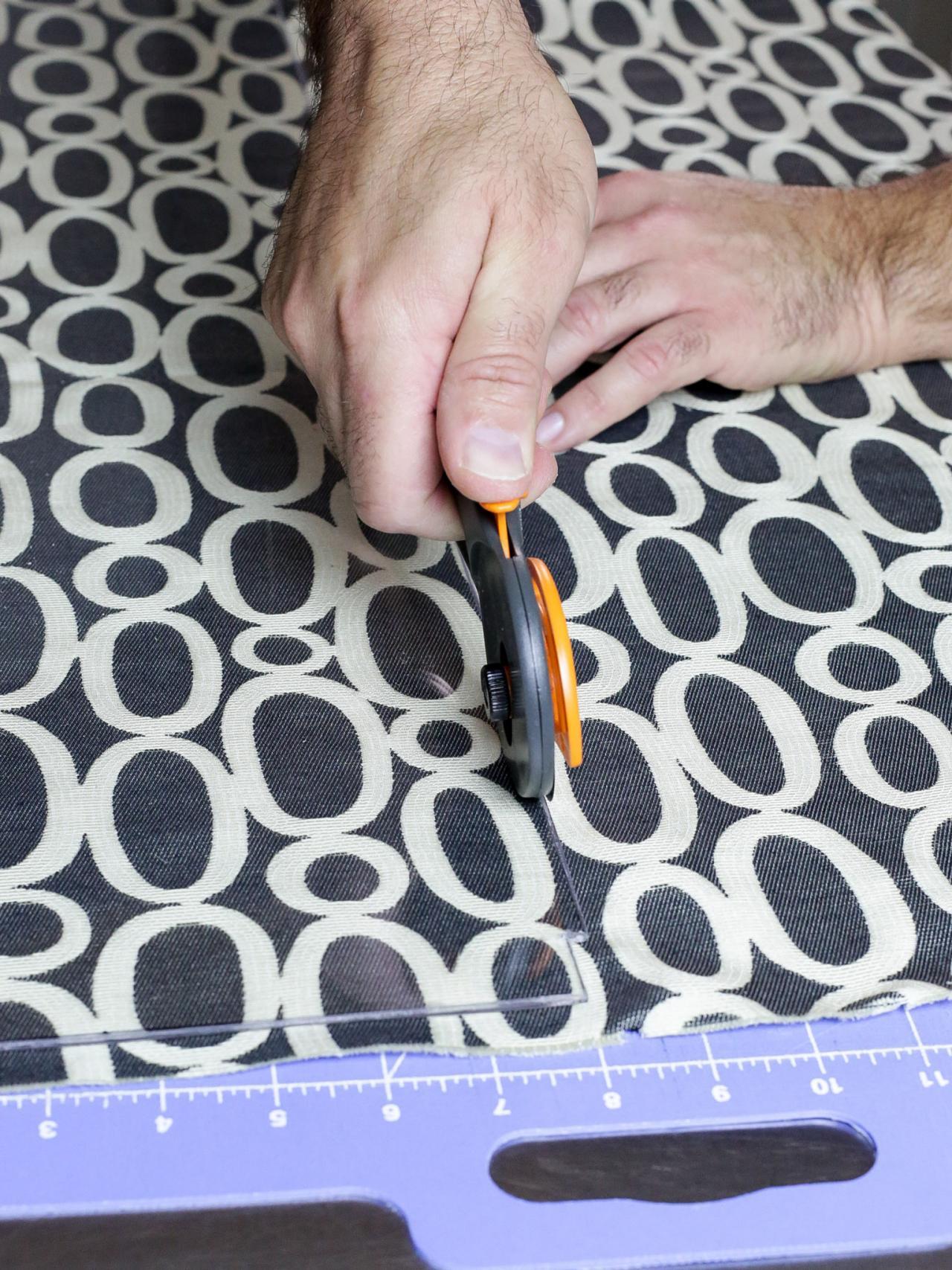 make a renter friendly removable diy kitchen backsplash hgtv cut fabric to height