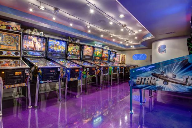 Pinball Arcade Stars in Basement Project