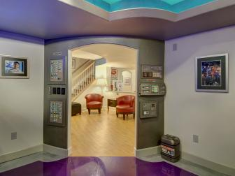 Star Trek-Themed Basement Room