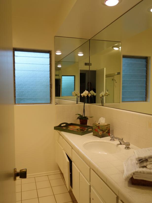 Before and after bathroom remodels on a budget hgtv Rustic bathroom designs on a budget