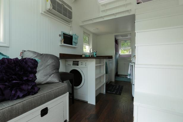 Tiny Home With Combo Washer and Dryer