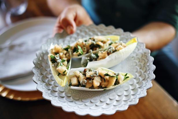 Pear and Gorgonzola Salad Cups