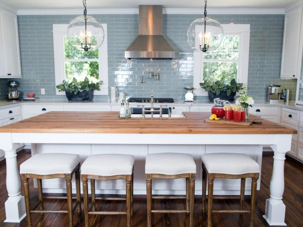 Kitchen With Custom Island