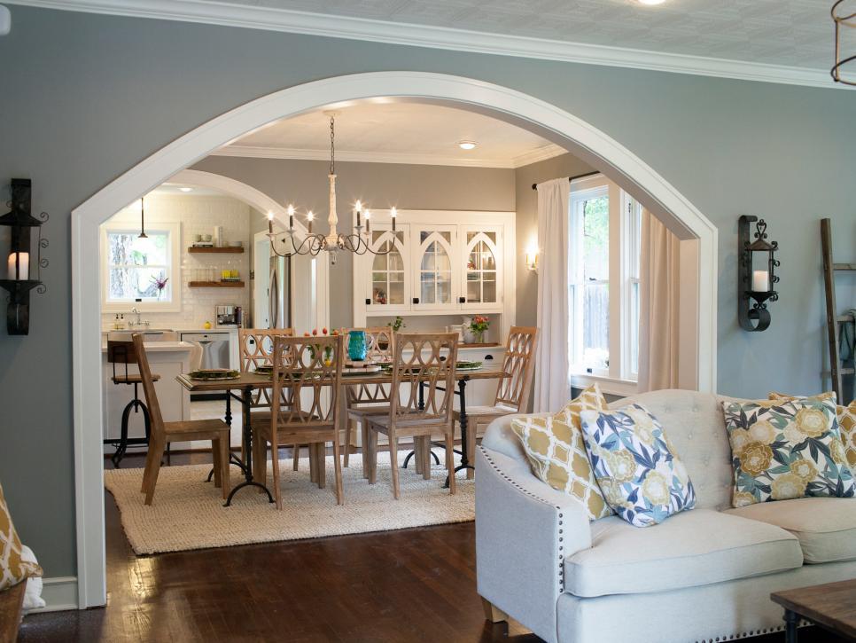hgtv dining rooms   Fixer Upper: Brick Cottage for Baylor Grads   HGTV's Fixer ...