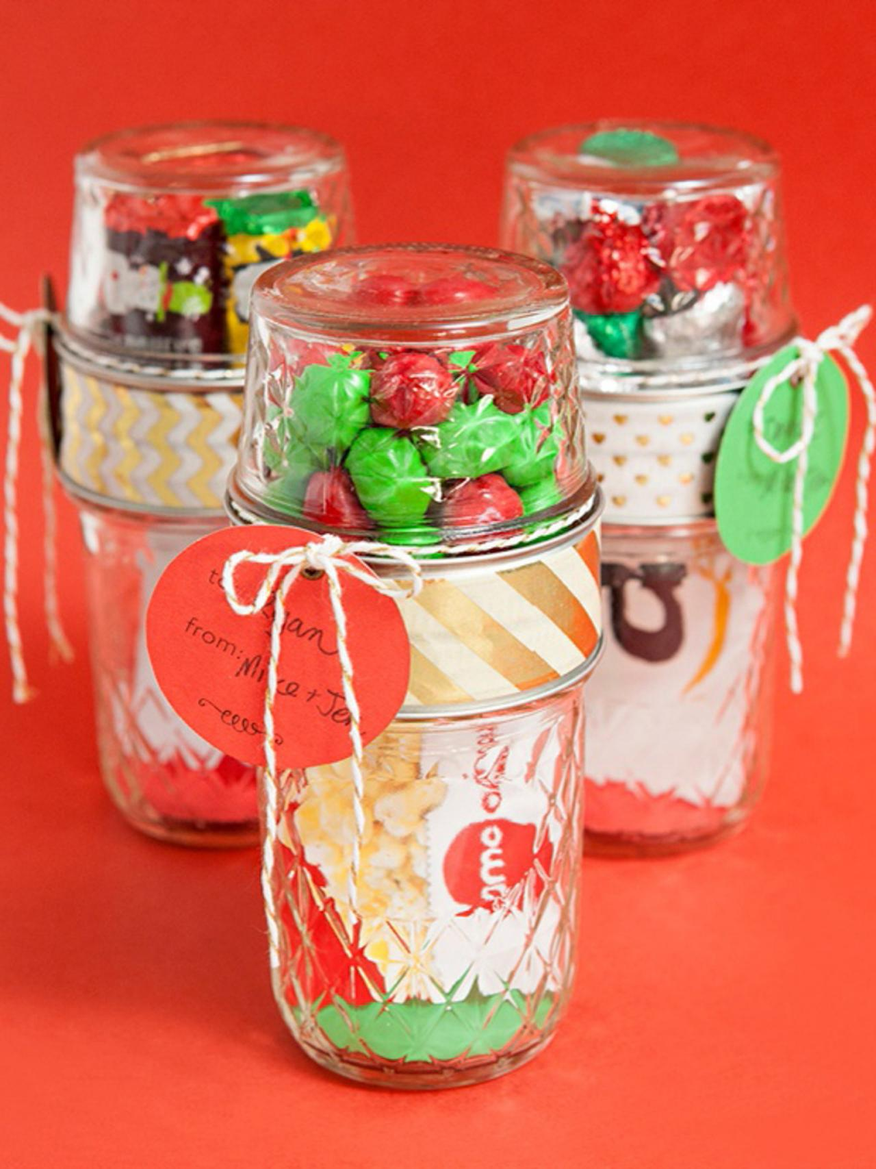 Christmas Gift Ideas in Mason Jars | HGTV\'s Decorating & Design ...