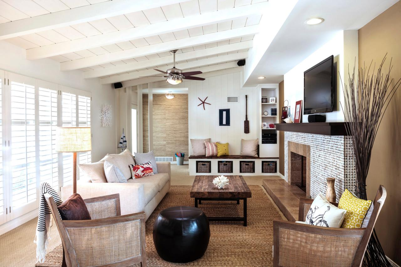 13 coastal cool living rooms hgtv 39 s decorating design blog hgtv - Serene traditional cottage in natural theme ...