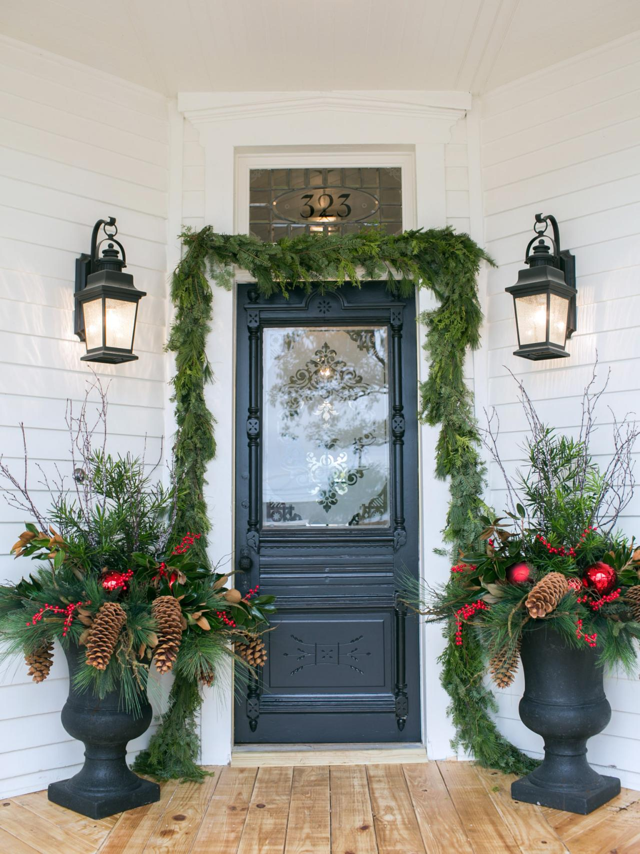 hgtv s fixer upper holiday special hgtv s decorating holiday decorating and entertaining ideas amp how tos hgtv