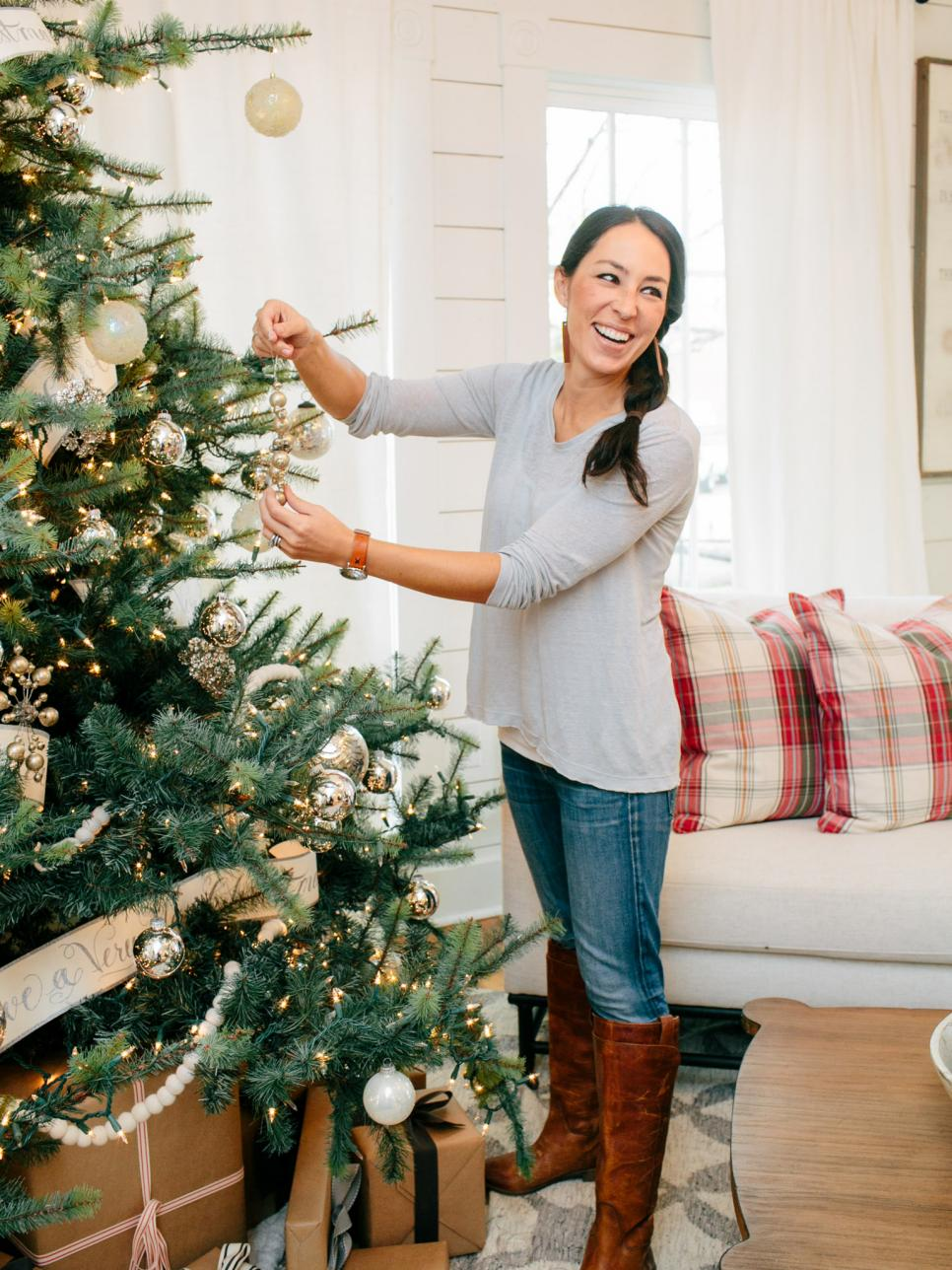 a chip and joanna holiday photo album hgtvs fixer upper - Joanna Gaines Christmas Decor