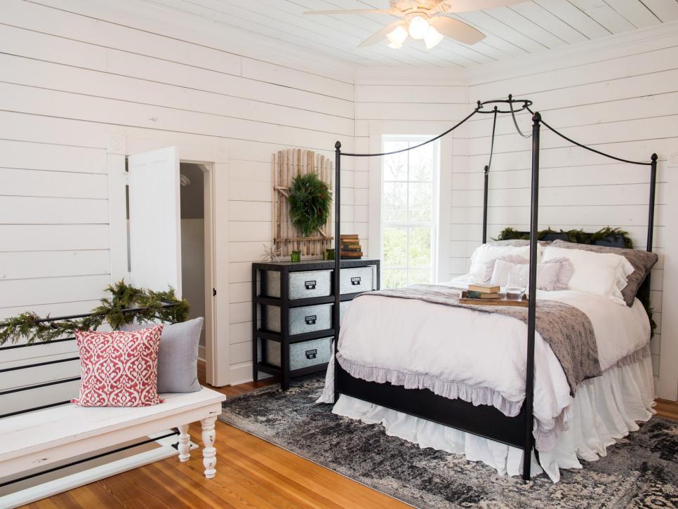 Fixer Upper Renovation And Holiday Decor At Magnolia