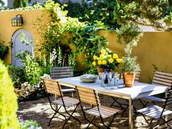 Mediterranean-Inspired Outdoor Dining Room