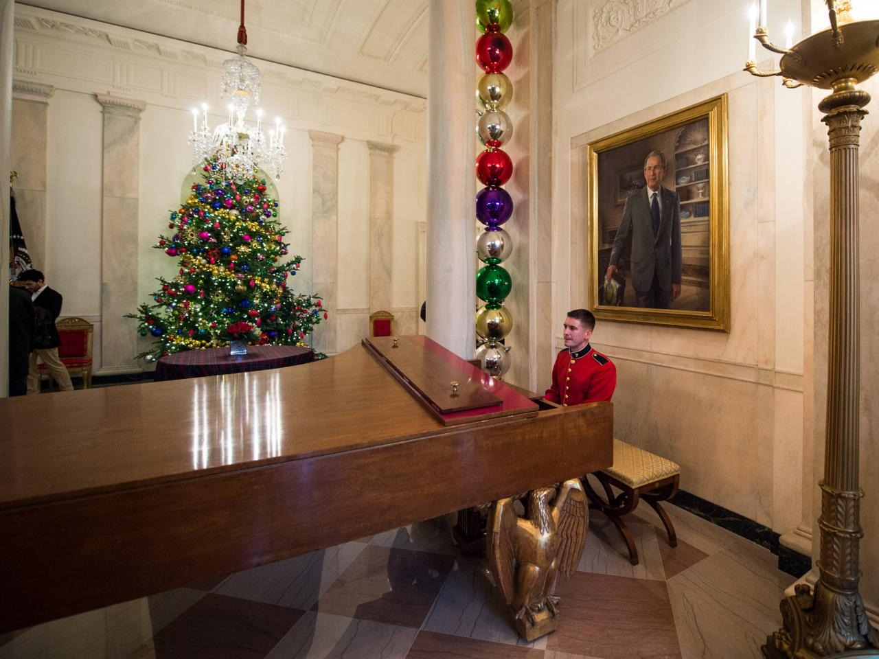 Grand Foyer White House : Photos hgtv