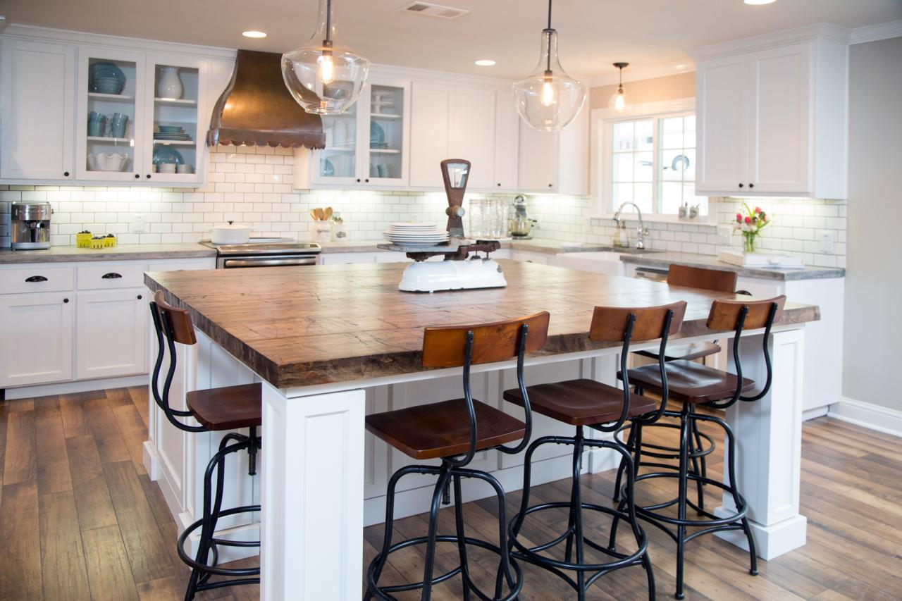 Fixer upper double kitchen island - Before And After Kitchen Photos From Hgtv S Fixer Upper Hgtv S Decorating Design Blog Hgtv