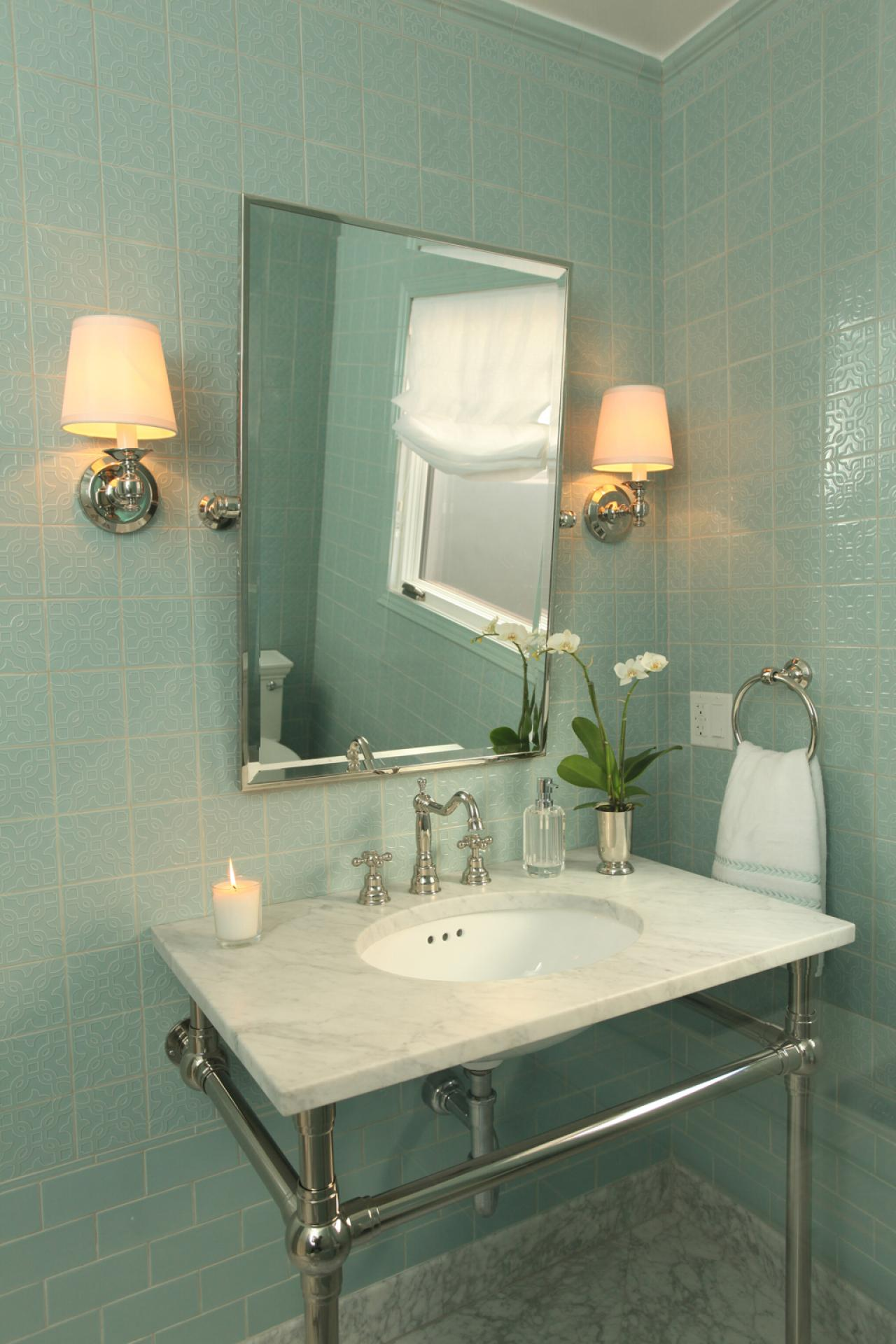 Traditional bathroom photos hgtv for Photos of contemporary bathrooms