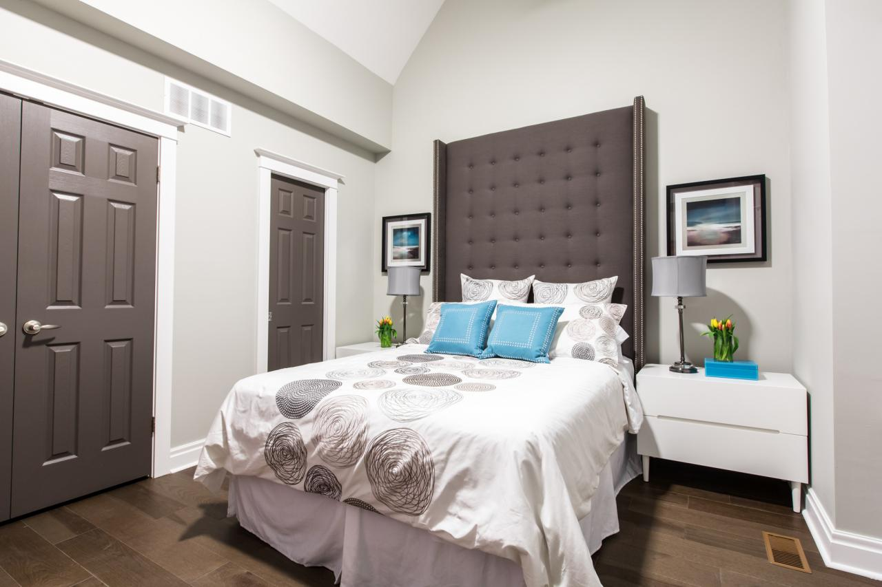 contemporary master bedroom with cathedral ceilings - Colors Master Bedrooms