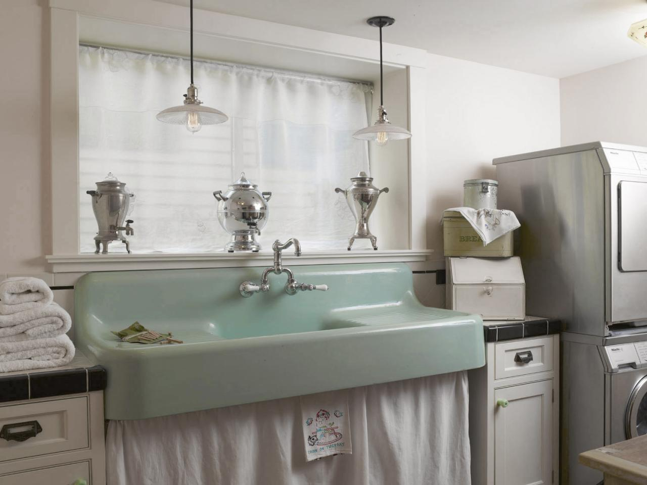 7 Stylish Laundry Room Decor Ideas Hgtv S Decorating