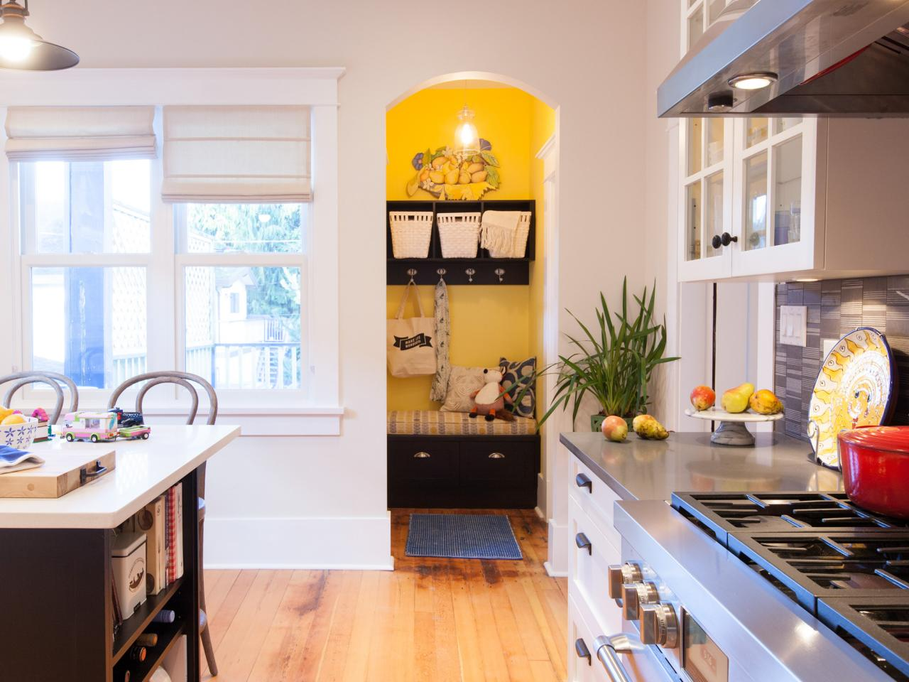 love it or list it too hgtv. Black Bedroom Furniture Sets. Home Design Ideas