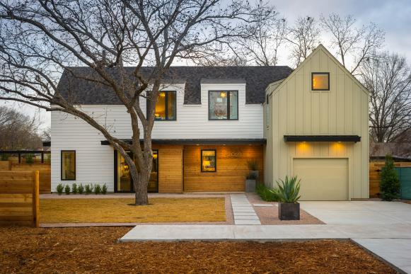 Modern Farmhouse With Clean Lines