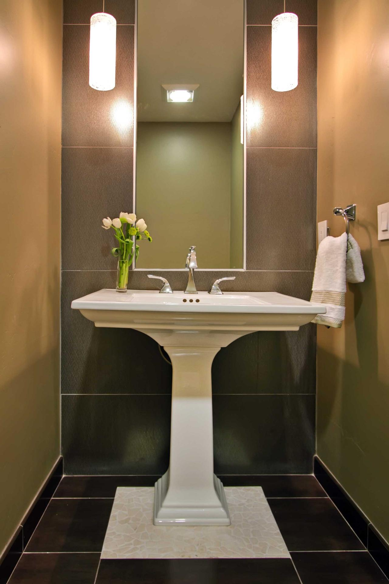 Photo page hgtv for Bathroom sinks designs