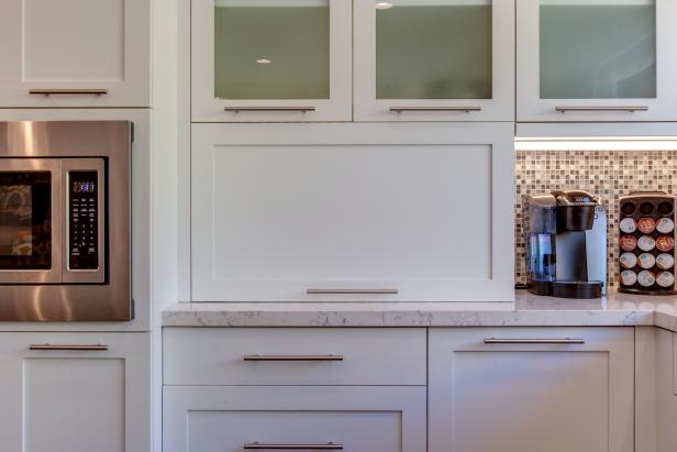 Streamlined White Cabinets in Contemporary Kitchen