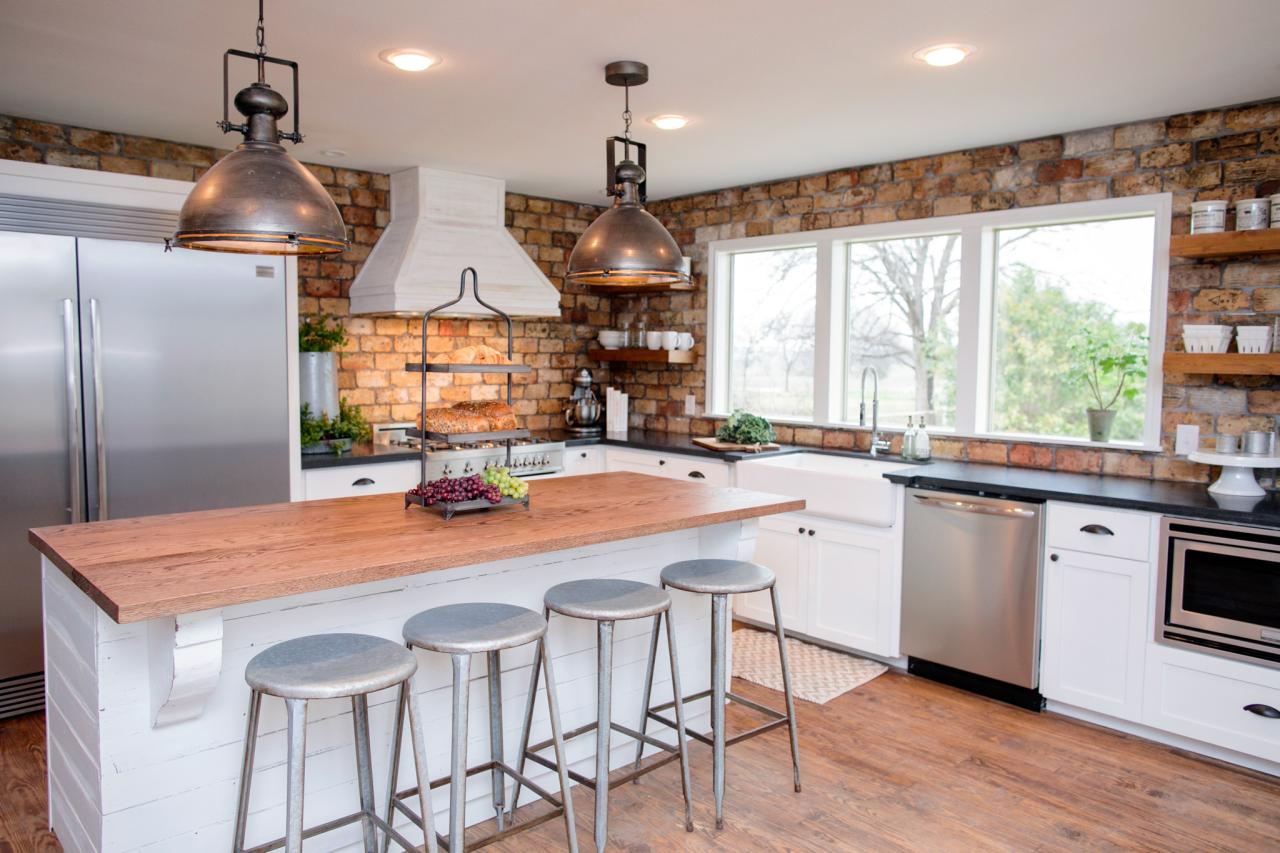 Fixer upper kitchen pendants - Country Charmer Fit For The Kings