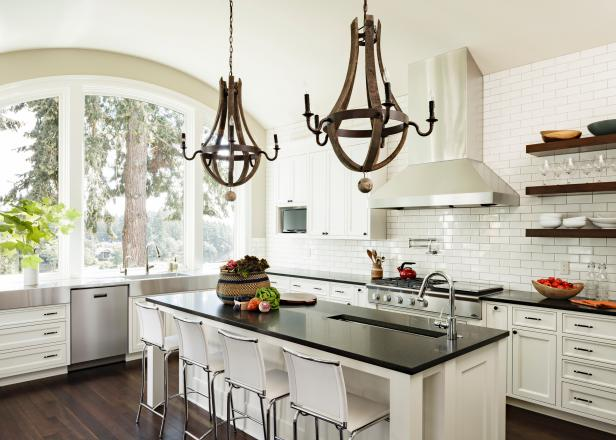 Statement Chandeliers in Stunning Kitchen