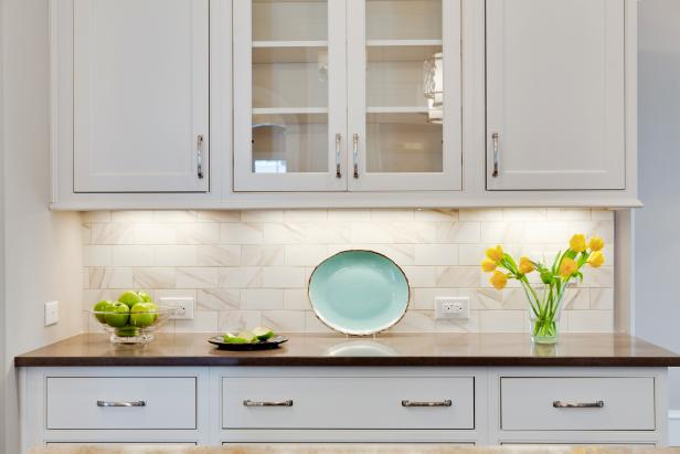 Shaker Cabinets With Under-Cabinet Lighting