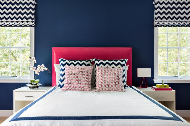 Blue and Pink Combine in Contemporary Teen's Room