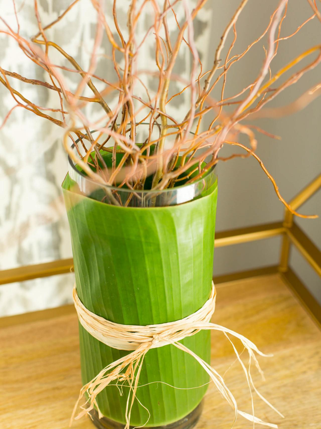 how to decorate a glass vase 1 hgtv. Black Bedroom Furniture Sets. Home Design Ideas