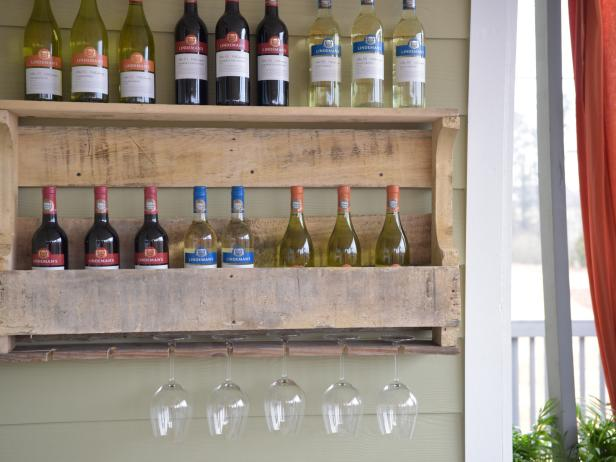 How to Make a Wall-Mounted Shipping Pallet Wine Rack