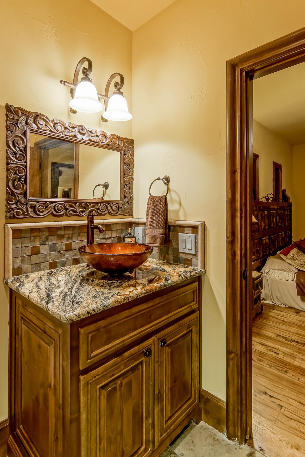 Diy Rustic Bathroom Mirror