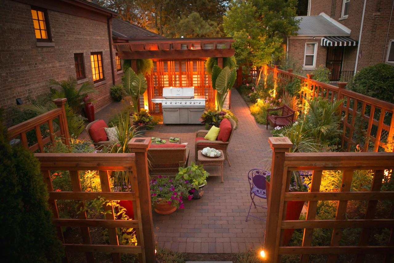 Photo page hgtv for Urban garden design