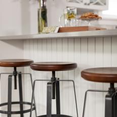 Caesar Stone Countertop on Breakfast Bar