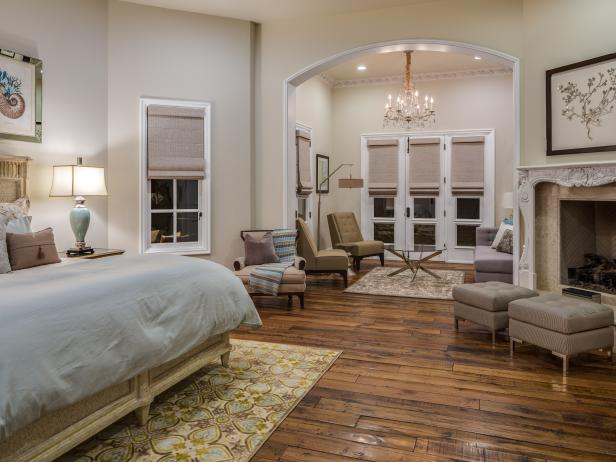 Serene Master Suite With Coastal Flair