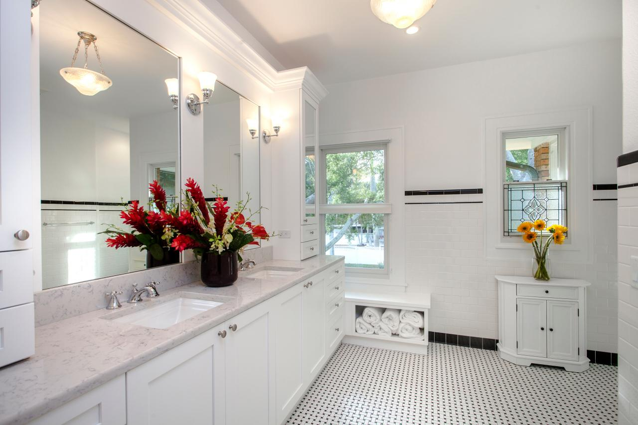 1920s style master bathroom with double sink vanity triplepoint design