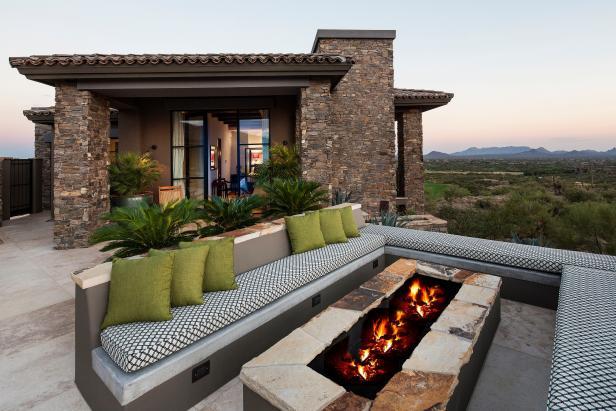 Relaxing Outdoor Patio at Arizona Desert Retreat