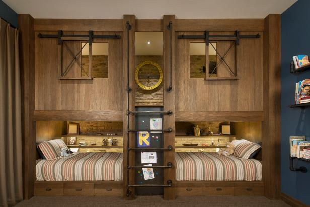 Rustic Boys' Room With Twin Bunk Beds