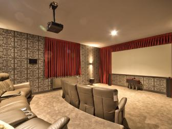 Home Theater: Lake Hayes Home in Queenstown, New Zealand