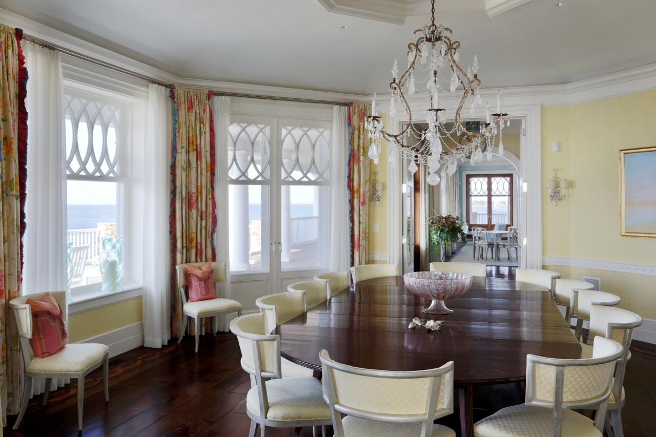 Buttercream Walls Floral Drapes In Dining Room