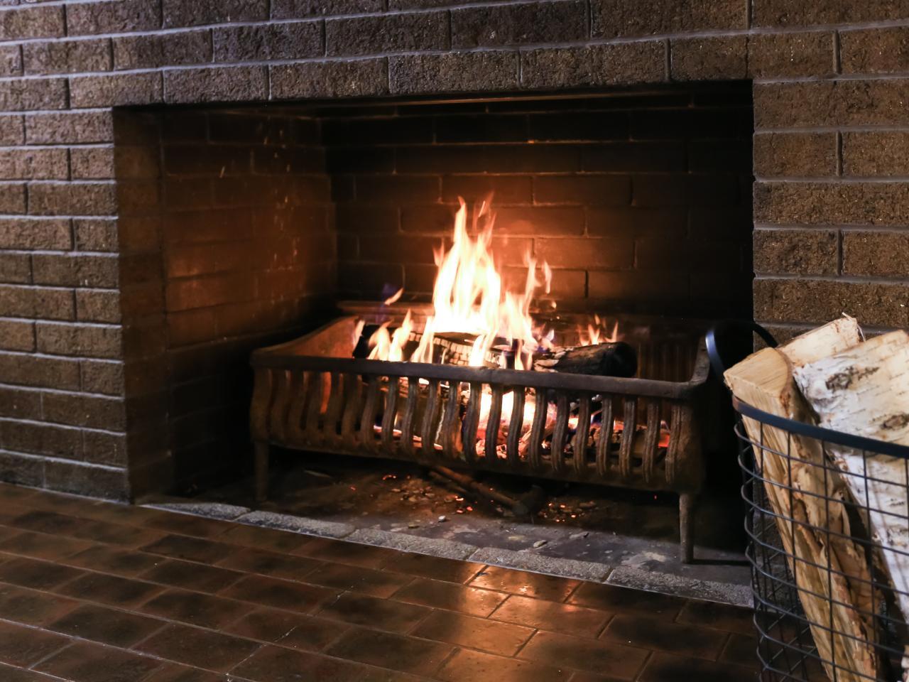 Bp dhra605 detail fireplace jpg rend hgtvcom 1280 960 jpeg
