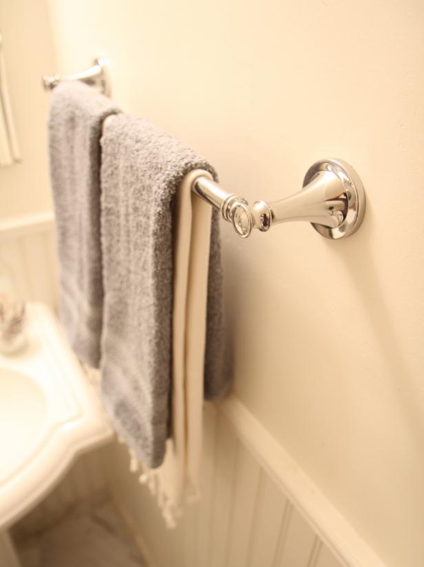 DIY Towel Bar