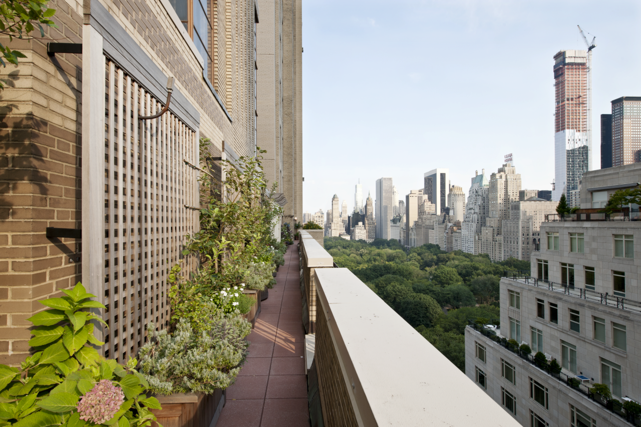 Photos hgtv for New york balcony view