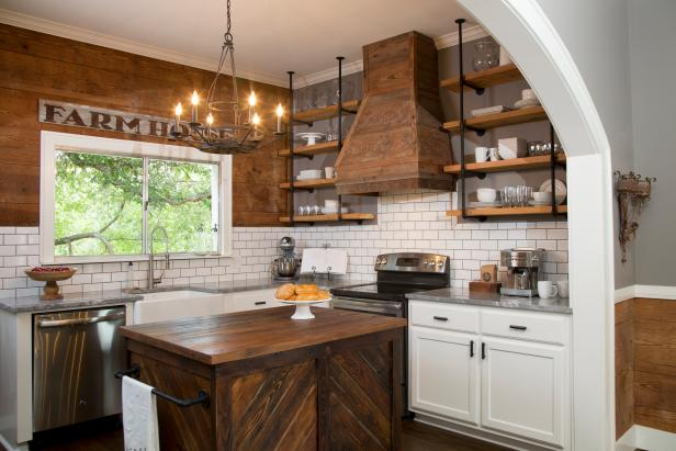 A Ship-Shape Farmhouse Kitchen With Wood Paneling